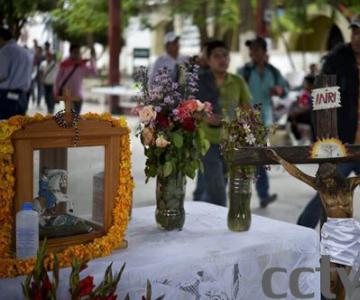 墨西哥43名学生被劫持17名已被害   幸存者置身于尸体当中