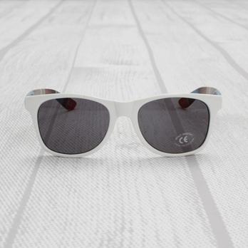 眼镜控们留意了 VANS 新款眼镜集合